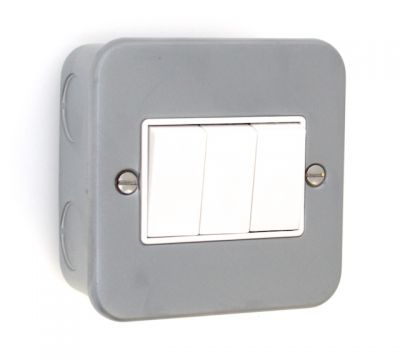 metal-clad-3-gang-switch