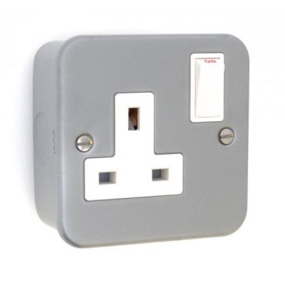 metal-clad-single-switched-socket