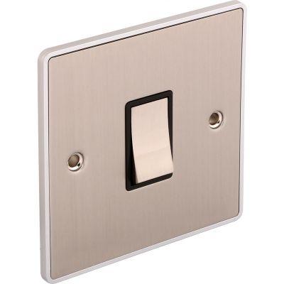 1-Gang-Single-10a-Light-Switch-UE01BCB